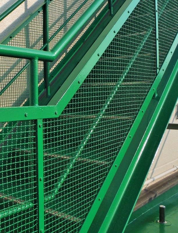 工場外部階段塗装|リフォーム